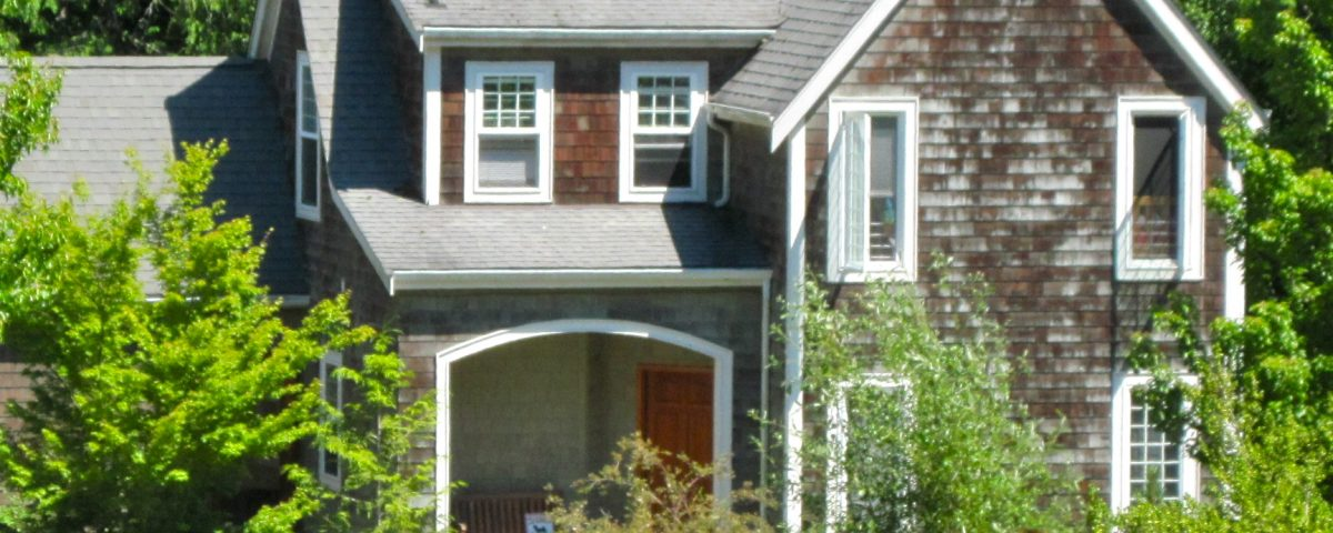 A house on Bainbridge Island by Jen Pells Real Estate Agent