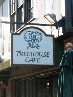 Treehouse Cafe' on Bainbridge Island