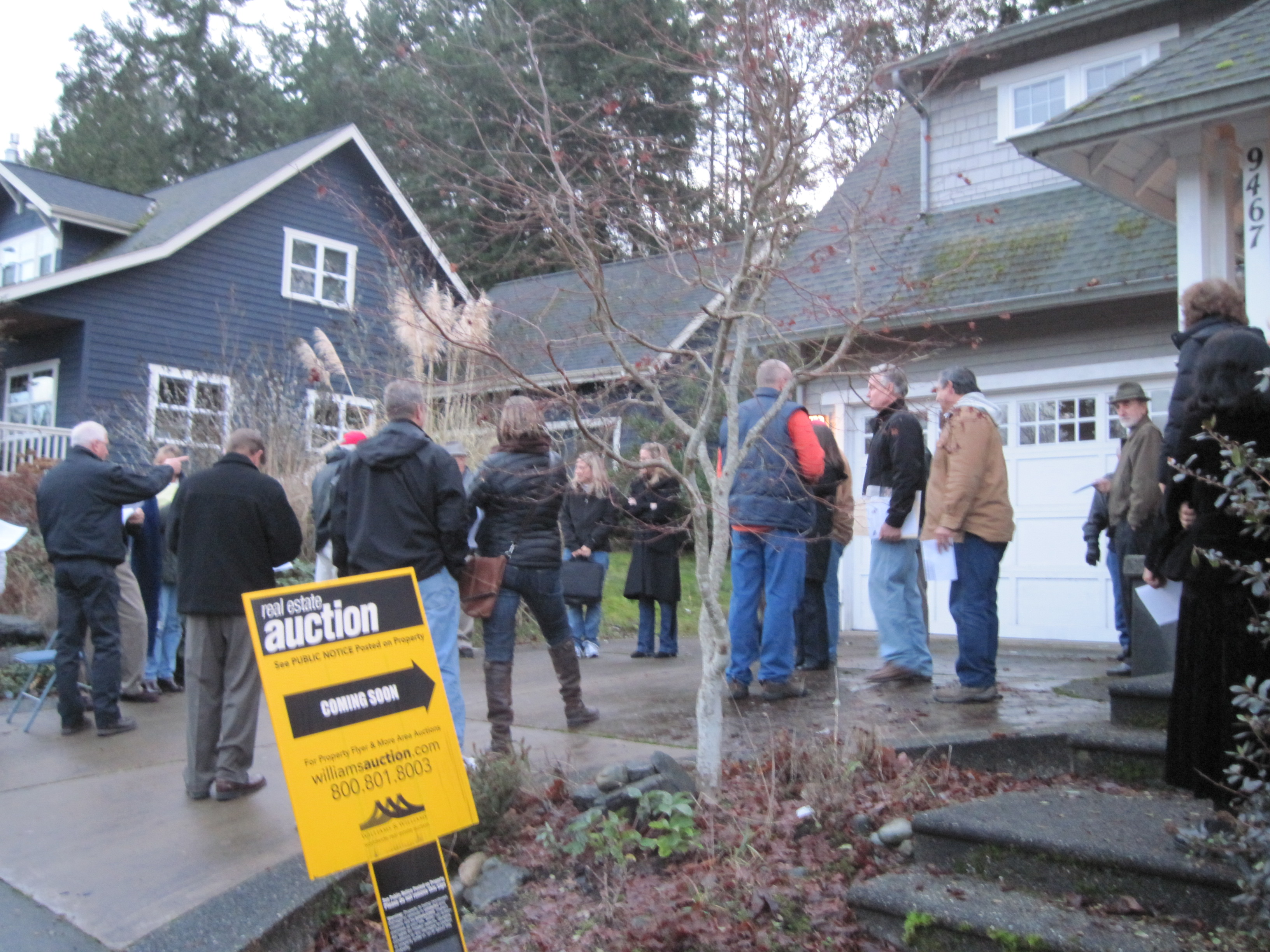 Live Auction on the Driveway in North Town Woods