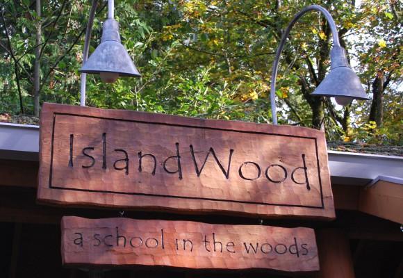 slandWood on Bainrbidge Island - open trails