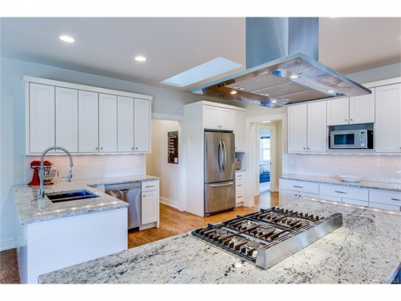 A bright white chef's kitchen. Perfect for entertaining.