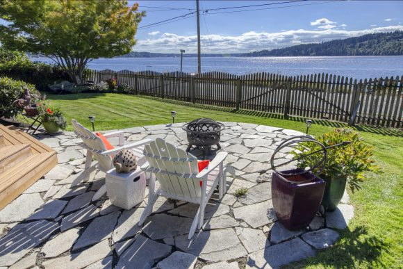 3692 Crystal Springs Dr Ne listed by Jen Pells Real Estate Windermere - Waterfront Homes on Bainbridge Island